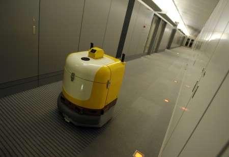 Des robots pour remplacer 3 5 millions de japonais au for Robot de nettoyage