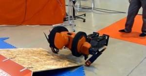 Omnizero.9 - Robot Humanoide #4
