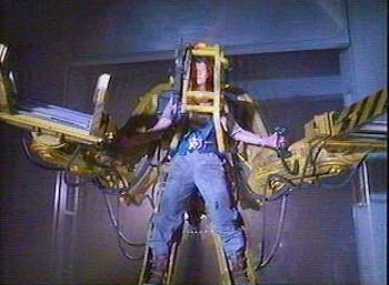 Chris Colfer Tweets - Page 37 Power-Loader-Exosquelette-Aliens-Film-01