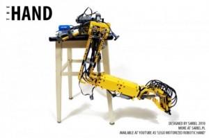 The Hand - Bras Robot en Lego #1