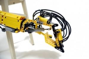 The Hand - Bras Robot en Lego #2