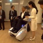 Le Président Obama rencontre des robots japonais #2
