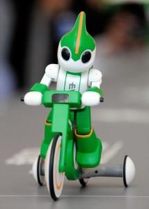 Evolta - Le Robot de Panasonic fait le Triathlon IronMan #6