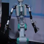 Telesar V - Robot Avatar de Télexistence #1
